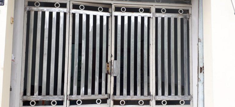Sửa cửa sắt quận 2 giá rẻ