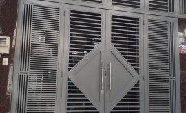 Tại sao nên sử dụng sửa cửa sắt giá rẻ