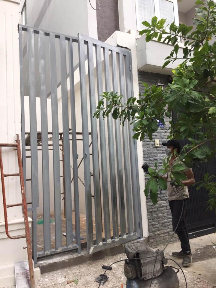 Thợ Sơn Sửa Cửa Sắt tại HCM.