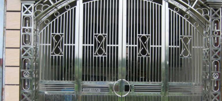 bí kíp sửa cửa sắt bị xệ đơn giản