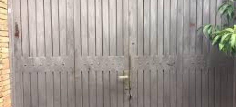Top 3 dịch vụ sửa cửa sắt tại nhà tphcm