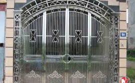 ưu điểm của dịch vụ sửa cửa sắt tại nhà tphcm